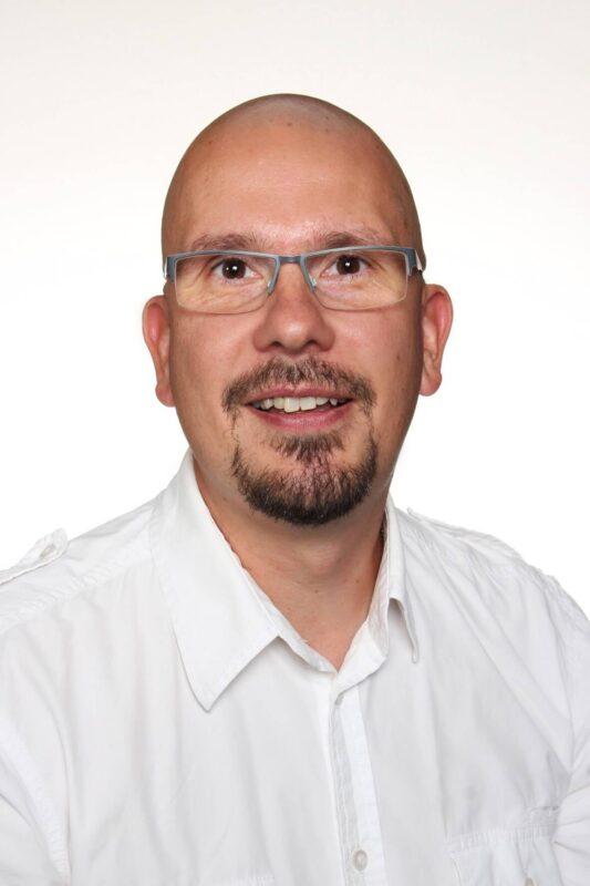 Noormarkun Sähkö- ja AV-tekniikka, Juha